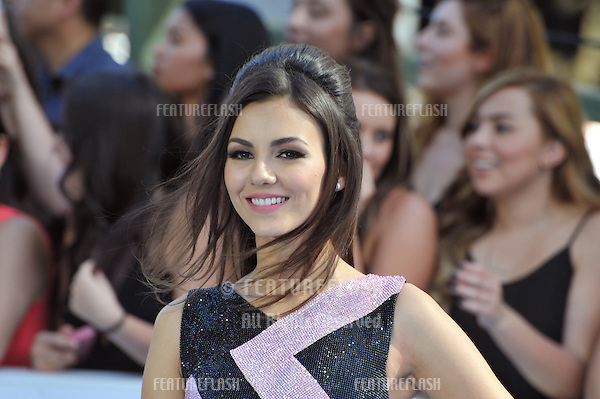 Victoria Justice at the 2015 MTV Movie Awards at the Nokia Theatre LA Live.<br /> April 12, 2015  Los Angeles, CA<br /> Picture: Paul Smith / Featureflash
