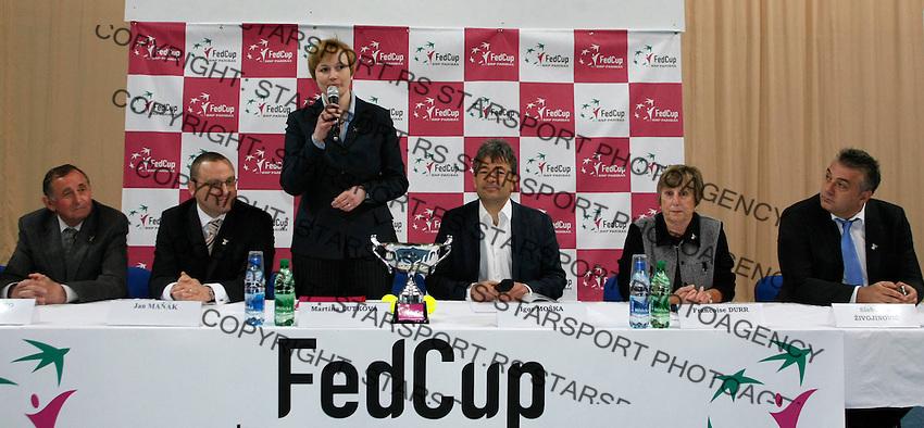 Tenis, Fed Cup 2011, play-off for group A.Slovakia Vs. Serbia.Fed  Cup.Bratislava, 15.04.2011..foto: Srdjan Stevanovic/Starsportphoto ©