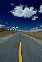 A straight road on the Tibetan Plateau