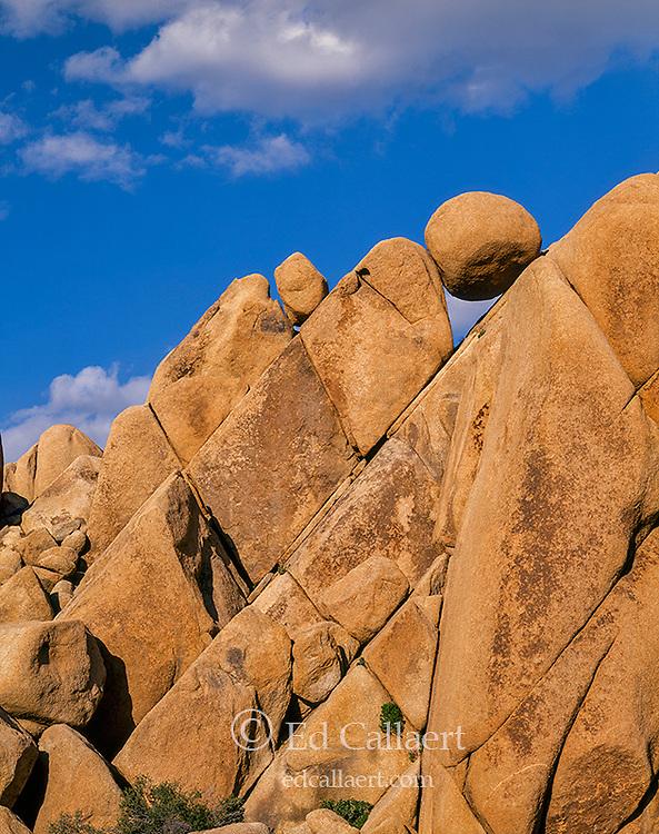 Balanced Rock, Joshua Tree National Park, California