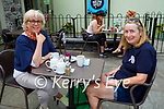 Enjoying the outdoor dining at the Coast Cafe in Ballybunion on Sunday, l to r: Claire Prendergast (Listowel) and Treasa Ni Dharsaigh.