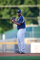 Pensacola Blue Wahoos pitcher Keyvius Sampson (32) gets ready to deliver a pitch during a game against the Mississippi Braves on May 27, 2015 at Trustmark Park in Pearl, Mississippi.  Pensacola defeated Mississippi 7-5 in fourteen innings.  (Mike Janes/Four Seam Images)
