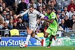 Gareth Bale of Real Madrid fights for the ball with Marvin Zeegelaar of Sporting Portugal during their 2016-17 UEFA Champions League match between Real Madrid vs Sporting Portugal at the Santiago Bernabeu Stadium on 14 September 2016 in Madrid, Spain. Photo by Diego Gonzalez Souto / Power Sport Images