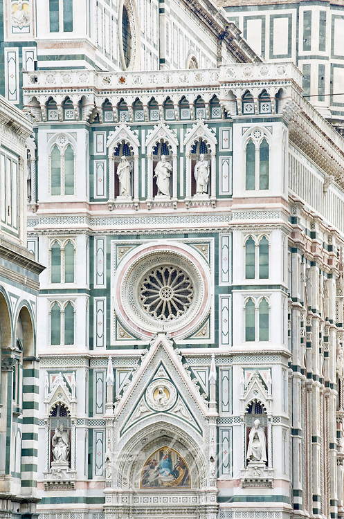 Europe, Italy, Tuscany, Florence, Basilica di Santa Maria del Fiore, Florence's main cathedral completed in the 15th century, Duomo Detail