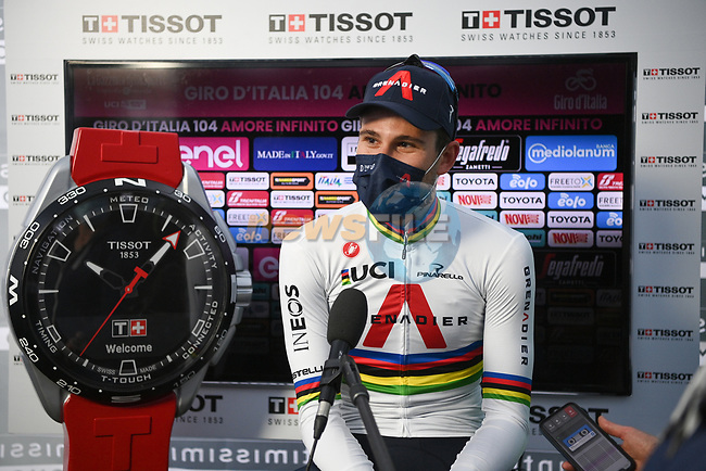 World Champion Filippo Ganna (ITA) Ineos Grenadiers wins Stage 1 of the 2021 Giro d'Italia, and individual time trial running 8.6km around Turin, Italy. 8th May 2021.  <br /> Picture: LaPresse/Marco Alpozzi | Cyclefile<br /> <br /> All photos usage must carry mandatory copyright credit (© Cyclefile | LaPresse/Marco Alpozzi)