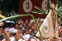 Imagem de Nossa Senhora de Nazare após a romaria fluvial,  A festa religiosa que acontece a mais de 200 anos chega a trazer anualmente a cidade de Belem,  mais de 1.500.000 pessoas que participam da procissao que acontece durante o segundo domingo de outubro com milheres de pagadores de promessa <br />Belém-Pará-Brasil<br />11/10/2003<br />©Foto: Paulo Santos/Interfoto