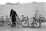 Chilton Street market Whitechapel, East London E2, bike market near Brick Lane, England 1974. Sunday morning market second hand used pedal bikes for sale.  1970s UK