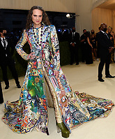 """Jordan Roth attends The Metropolitan Museum of Art's Costume Institute benefit gala celebrating the opening of the """"In America: A Lexicon of Fashion"""" exhibition on Monday, Sept. 13, 2021, in New York. (Photo by Evan Agostini/Invision/AP)"""