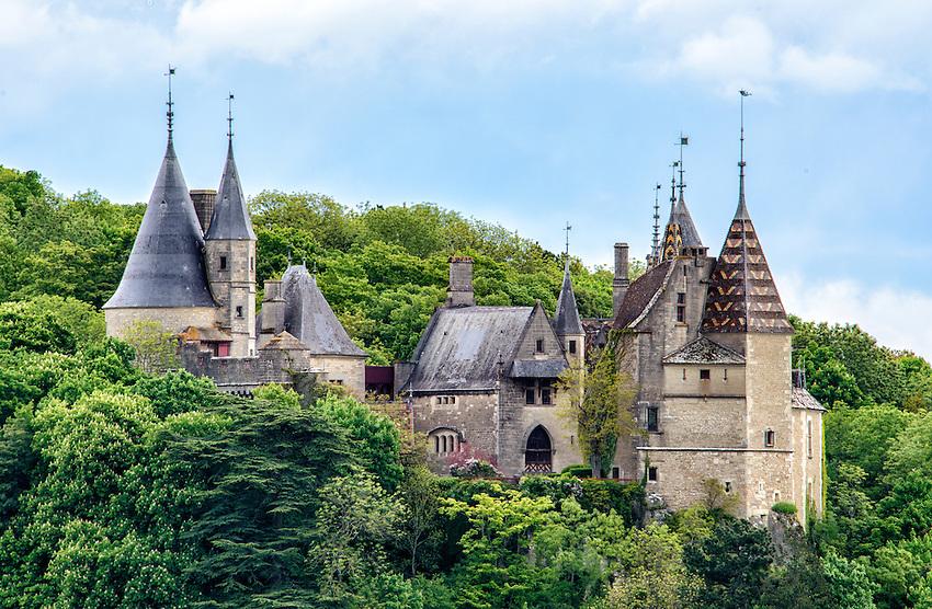 A side view of the Château de La Rochepot from Route D33 near the village of La Rochepot.