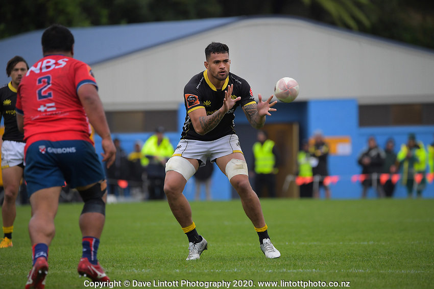 Vaea Fifita takes a pass during the Mitre 10 Cup rugby match between Wellington Lions and Tasman Makos at Jerry Collins Stadium in Wellington, New Zealand on Saturday, 31 October 2020. Photo: Dave Lintott / lintottphoto.co.nz