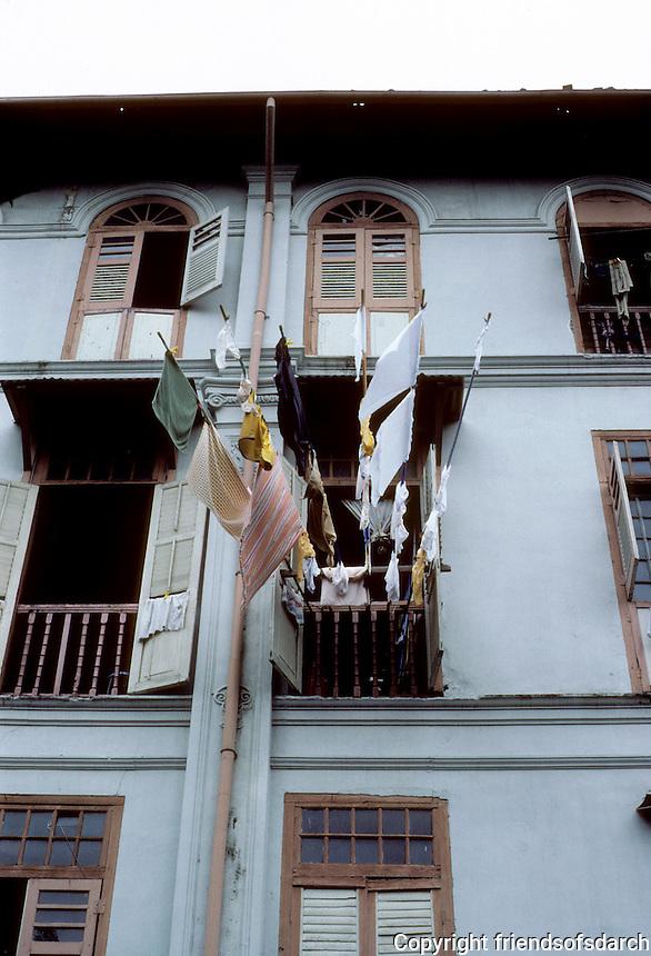 Singapore: Laundry hanging from window. Photo '82.
