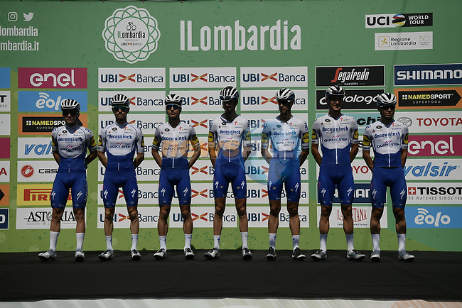 Deceuninck-Quick Step team at sign on before the start of the 114th edition of Il Lombardia 2020, running 231km from Bergamo to Como, Italy. 15th August 2020.<br /> Picture: LaPresse/Marco Alpozzi | Cyclefile<br /> <br /> All photos usage must carry mandatory copyright credit (© Cyclefile | LaPresse/Marco Alpozzi)