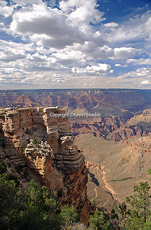 View from the South Rim of the Grand Canyon near Mather Point, Grand Canyon National Park, Arizona, USA