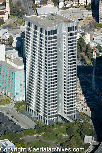 aerial photograph Ordway Building, 1 Kaiser Plaza, Oakland, California