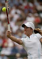 4-7-06,England, London, Wimbledon, quarter finals, Henin-Hardenne