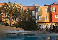 """Europe/Provence-Alpes-Côte d'Azur/83/Var/Saint-Tropez: Hotel-Restaurant """"Le Byblos"""" la piscine"""