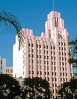 Los Angeles: Title Guarantee Building, NW corner Hill & 5th. 12 story Moderne, 1929.  John & Donald Parkinson. Photo '84.