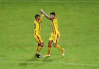 PEREIRA - COLOMBIA, 29-04-2021: Roger Manrique de Aragua F. C. (VEN), corre a celebrar el gol anotado a La Equidad (COL), durante partido entre La Equidad (COL) y Aragua F. C. (VEN) por la Copa CONMEBOL Sudamericana 2021 en el Estadio Hernan Ramirez Villegas de la ciudad de Pereira. / Roger Manrique of Aragua F. C. (VEN), runs to celebrate a scored goal to La Equidad (COL), during a match beween La Equidad (COL) and Aragua F. C. (VEN) for the CONMEBOL Sudamericana Cup 2021 at the Hernan Ramirez Villegas Stadium, in Pereira city.  VizzorImage / Pablo Bohorquez / Cont.