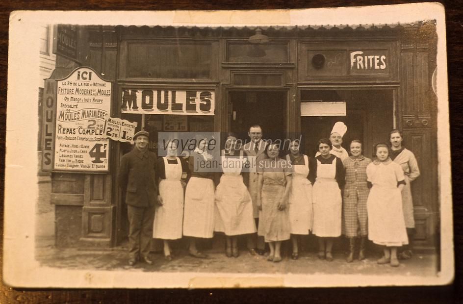 """Europe/France/Nord-Pas-de-Calais/59/Nord/Lille: Vieille photographie de la brasserie """"Aux Moules"""" rue de Bethune"""