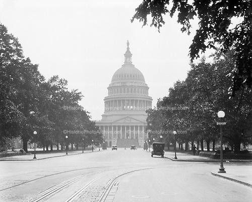 0613-B061.  Capitol building. Washington, DC, east facade. May, 1922