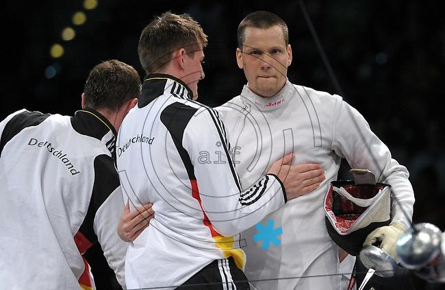European Championships Fencing 2010 / Fecht Europameisterschaft 2010 in Leipzig - Competition Championat d'europe - im Bild: mens epee team competition - small finale for 3rd place - the German Jörg Fiedler (r.) gets the last point for Germany - Steffen Launer (left)  . Foto: Norman Rembarz..Norman Rembarz , Autorennummer 41043728 , Augustenstr. 2, 04317 Leipzig, Tel.: 01794887569, Hypovereinsbank: BLZ: 86020086, KN: 357889472, St.Nr.: 231/261/06432 - Jegliche kommerzielle Nutzung ist honorar- und mehrwertsteuerpflichtig! Persönlichkeitsrechte sind zu wahren. Es wird keine Haftung übernommen bei Verletzung von Rechten Dritter. Autoren-Nennung gem. §13 UrhGes. wird verlangt. Weitergabe an Dritte nur nach  vorheriger Absprache..