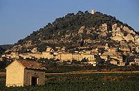 Europe/France/Provence-Alpes-Côte d'Azur/84/Vaucluse/Seguret (AOC Côtes du Rhône): Le village