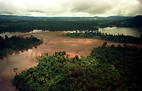 Belo Monte <br />Foto: Paulo Santos/ Interfoto. Mina de ouro do igarapé Bahia