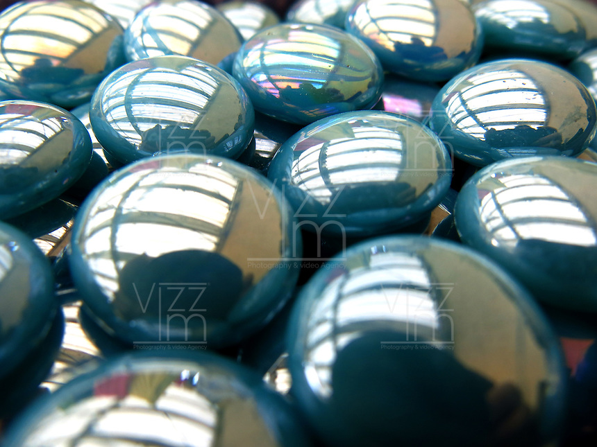 BOGOTÁ-COLOMBIA-06-01-2013. Textura de piedras azules. Textura of light blue stones. (Photo: VizzorImage)