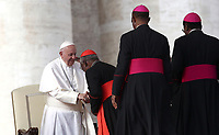 Papa Francesco saluta alcuni prelati durante l'udienza generale del mercoledi' in Piazza San Pietro, Citta' del Vaticano, 21 novembre 2018.<br /> Pope Francis greets some prelates during his weekly general audience in St. Peter's Square at the Vatican, on November 21, 2018.<br /> UPDATE IMAGES PRESS/Isabella Bonotto<br /> <br /> STRICTLY ONLY FOR EDITORIAL USE