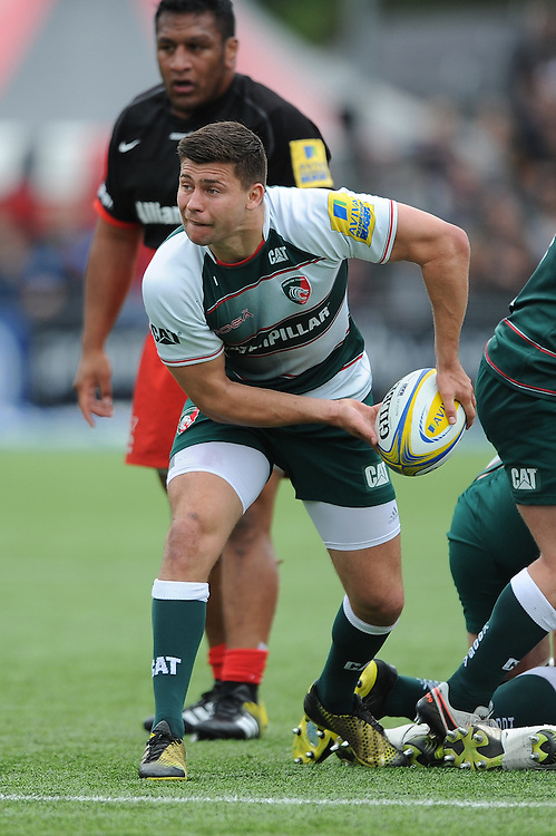 Ben Youngs of Leicester Tigers passes during the Aviva Premiership semi final match between Saracens and Leicester Tigers at Allianz Park on Saturday 21st May 2016 (Photo: Rob Munro/Stewart Communications)