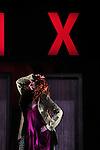 RAYON X<br /> <br /> Choregraphie : Karine Saporta<br /> Musique : Philippe Jakko<br /> Décor et accessoires : Jean Bauer<br /> Costumes : Véronique Boisel<br /> Lumières : Sylvie Vautrin<br /> Avec : Anthony Audoux, Ségolène Gessa, Scott Koehl, Elena Michielin, Alessia Pinto<br /> Compagnie Karine Saporta<br /> Lieu : Théâtre Jacques Brel<br /> Ville : Fontenay sous Bois<br /> Date : 07/05/2015<br /> (c) Laurent Paillier / photosdedanse.com