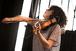 Carrie Rodriguez Fiddles