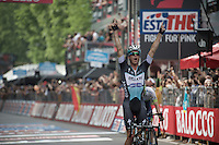 Victory for Iljo Keisse (BEL/Etixx-QuickStep); the EQS domestique with the biggest win of his career and a graceful tribute/reminder to his buddy Wouter Weylandt (#108)<br /> <br /> Giro d'Italia 2015<br /> final stage 21: Torino - Milano (178km)