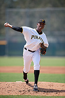 Pittsburgh Pirates pitcher Angel German (31) delivers a pitch during an Instructional League game against the New York Yankees on September 28, 2017 at Pirate City in Bradenton, Florida.  (Mike Janes/Four Seam Images)