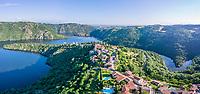 France, Loire (42), Saint-Étienne, Saint-Victor-sur-Loire, le village et la Loire ou lac de Grangent (vue aérienne)