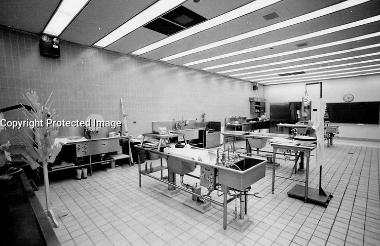 Morgue<br /> <br /> Photo : Boris Spremo - Toronto Star archives - AQP