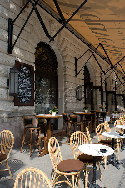 An outdoor cafe near the opera house, Budapest, Hungary, Europe
