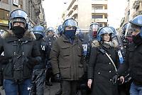 - Milano, polizia in servizio di ordine pubblico<br /> <br /> - Milan,  police  in public order service
