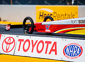 Doug Kalitta, Mac Tools, top fuel, Toyota, signage