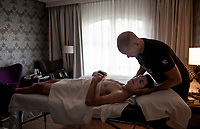 last visit to the team physiotherapist for Daryl Impey (ZAF/Mitchelton-Scott) ahead of the 54th Amstel Gold Race 2019 (1.UWT)<br /> One day race from Maastricht to Berg en Terblijt (NED/266km)<br /> <br /> ©kramon