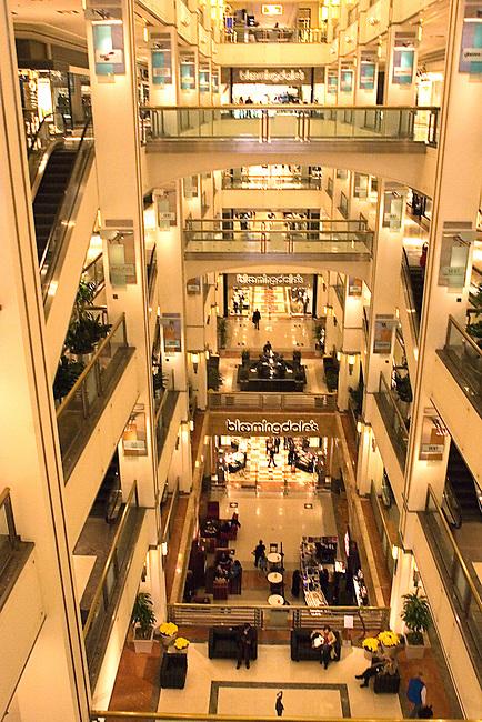 The 900 Shops, Shopping, Chicago, Illinois