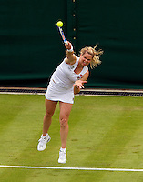 21-06-10, Tennis, England, Wimbledon,  Kim Clijsters