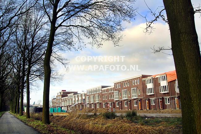Ede, 030101  Foto: Koos Groenewold/ APA Foto<br />De bouw van de nieuwe wijk Kernhem in Ede is stilgezet.