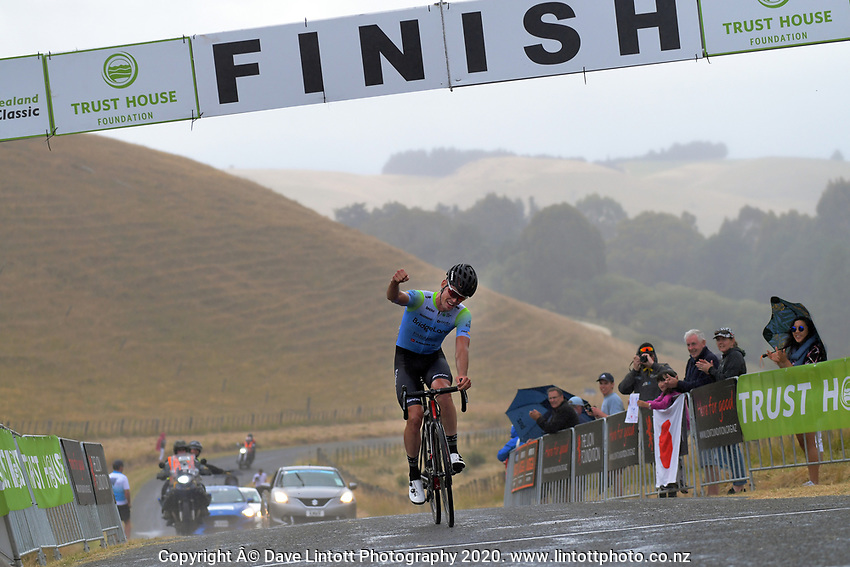 Rylee Field (Australia /Team BridgeLane) wins stage four of the NZ Cycle Classic UCI Oceania Tour (Te Wharau-Admiral Hill Queen Stage) in Wairarapa, New Zealand on Saturday, 18 January 2020. Photo: Dave Lintott / lintottphoto.co.nz