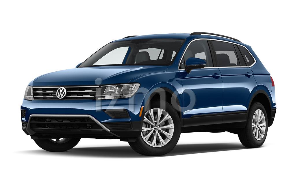 Stock pictures of low aggressive front three quarter view of a 2019 Volkswagen Tiguan SE 5 Door SUV