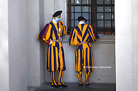 Swiss guard,Pope Francis during of a weekly general audience  in the San Damaso's courtyard in Vatican, Wednesday.September 16, 2020<br /> (Photo by Stefano Spaziani)