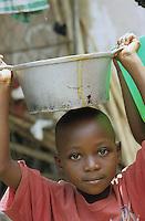 "Afrika Burundi Bujumbura.Kind Junge in einem Hutu Viertel - Kinder Bürgerkrieg Krieg Völkermord Genozid Hutus Tutsis Ethnien ethnischer Konflikt Tod Afrikaner afrikanisch xagndaz | .africa Burundi Bujumbura.Hutu boy in Hutu quarter - child children civil war genocide ethnic conflict african | .[copyright  (c) Joerg Boethling / agenda , Veroeffentlichung nur gegen Honorar und Belegexemplar / royalties to:  agenda PG , Bank: Hamburger Sparkasse , BLZ 200 505 50 , kto. 1281 120 178  IBAN: DE96 2005 0550 1281 1201 78 BIC: ""HASPDEHH"", address: agenda  Rothestr. 66  D-22765 Hamburg  ph. ++49 40 391 907 14   e-mail: boethling@agenda-fototext.de  www.agenda-fototext.de ] [#0,26,121#]"