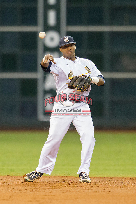Rice Owls shortstop Leon Byrd #1 makes a throw to first base during the NCAA baseball game against the TCU Horned Frogs on March 1, 2014 during the Houston College Classic at Minute Maid Park in Houston, Texas. Rice defeated TCU 1-0. (Andrew Woolley/Four Seam Images)