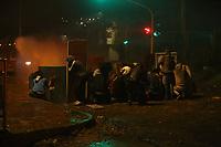 BOGOTA - COLOMBIA, 26-05-2021: Disturbios el 26 mayo de 2021, en el sector de Usme en el día 29 de Paro Nacional en contra del gobierno de Ivan Duque además de la precaria situación social y económica que vive Colombia. El paro fue convocado por sindicatos, organizaciones sociales, estudiantes y la oposición. / Riots on May 26, 2021, at Usme sector, at the end of the day 29 of the National Strike against the government of Ivan Duque in addition to the precarious social and economic situation that Colombia is experiencing. The strike was called by unions, social organizations, students and the opposition. Photo: VizzorImage / Andres Castro / Cont