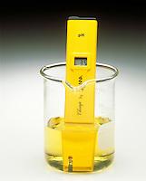 pH METER & INDICATOR: BROMOTHYMOL BLUE pH Range 3.5-9.5<br /> (3 of 3)<br /> Ammonium chloride(aq) has a pH <7. Indicator color is yellow.